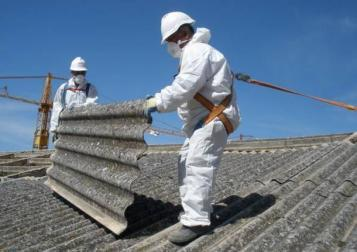 Da Regione Lombardia un milione di euro per smaltire l'amianto da edifici privati